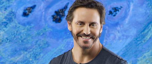 V Charles Mesure Bereichert Desperate Housewives