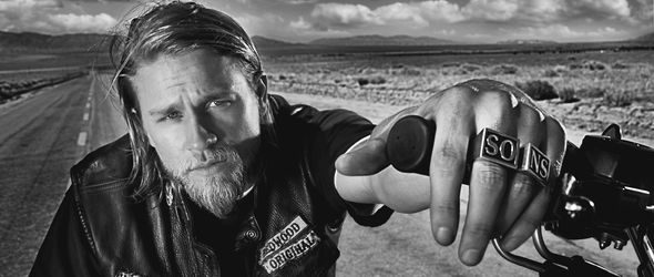 sons-anarchy-charlie-hunnam-52517_big.jp
